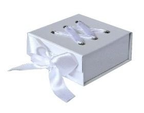 Corset Box - Medium White
